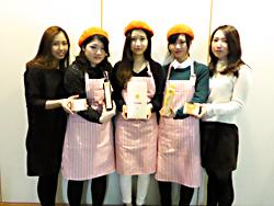 藤本第二ゼミ(旧:松野ゼミ)の4年生が阪急百貨店で「鳴門オレンジ」を使用した商品を販売しました!