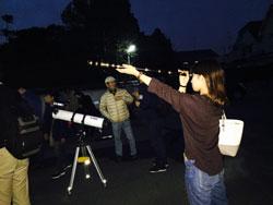株本ゼミの3年生が卒業研究の一環として「ふしみ散歩&観望会」のプロジェクトに参加しました!
